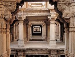 L(09_2015_Vibrant-Gujarat)4