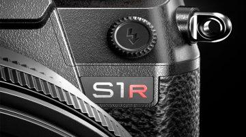Panasonic Develops Two Full-Frame Mirrorless Cameras