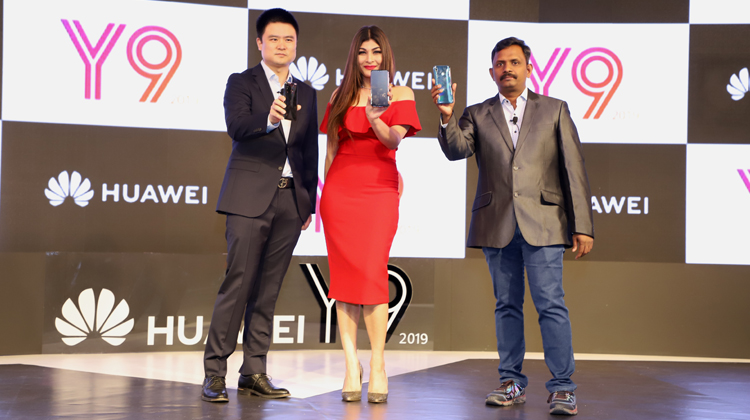 Huawei Y9 Smartphone Launched in India